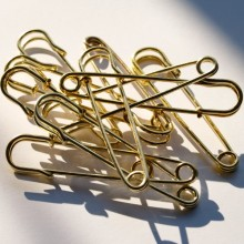 Laundry pin gold 75mm x1