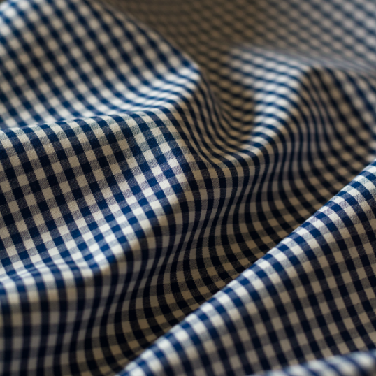 Tessuto di cotone oxford quadri blu scuro