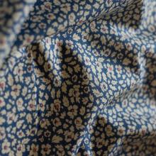 Tessuto Liberty Feather Fields blu