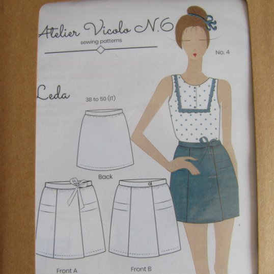 LEDA skirt