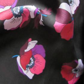 Black viscose fabric Anemones
