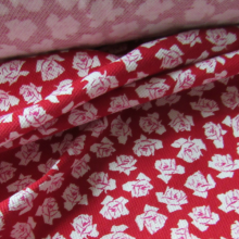 Remnant Cotton Piquet jersey fabric  - Red and pink roses 135 cm x 142 cm