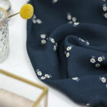 Remnant Viscose twill fabric Trio de fleurs Navy 26 cm x 145 cm