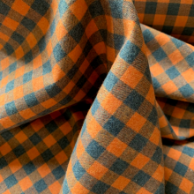 Remnant Plaid Flannel Cotton apricot and emerald 43 cm x 155 cm