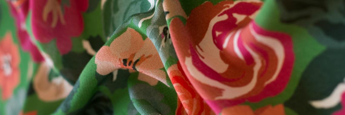crepe di viscosa verde stampa floreale giapponese